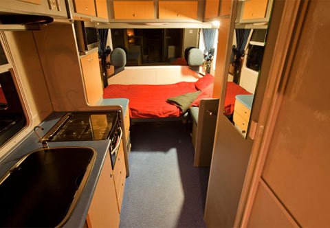Budget 4 Berth Night